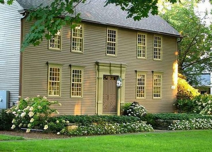 72 Amazing Low Maintenance Front Yard And Backyard Landscaping Ideas In 2020 Colonial House Colonial Style Homes Colonial Exterior
