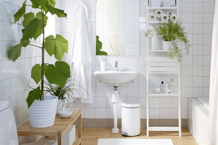 NJUTA bath robe IKEA FAMILY  S/M. White. 700.968.86 Also available in L/XL. Plants in bathroom