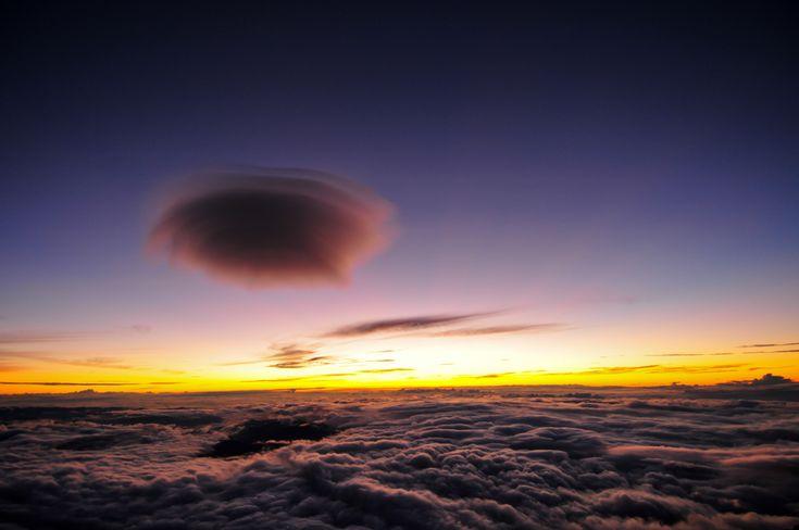 Picture taken at the top of #Mt.#Fuji with: #NIKON #D300S http://kakaku.com/item/K0000049460/ AF-S DX #Zoom-#Nikkor12-24mm f/4G IF-ED http://kakaku.com/item/10503510310/