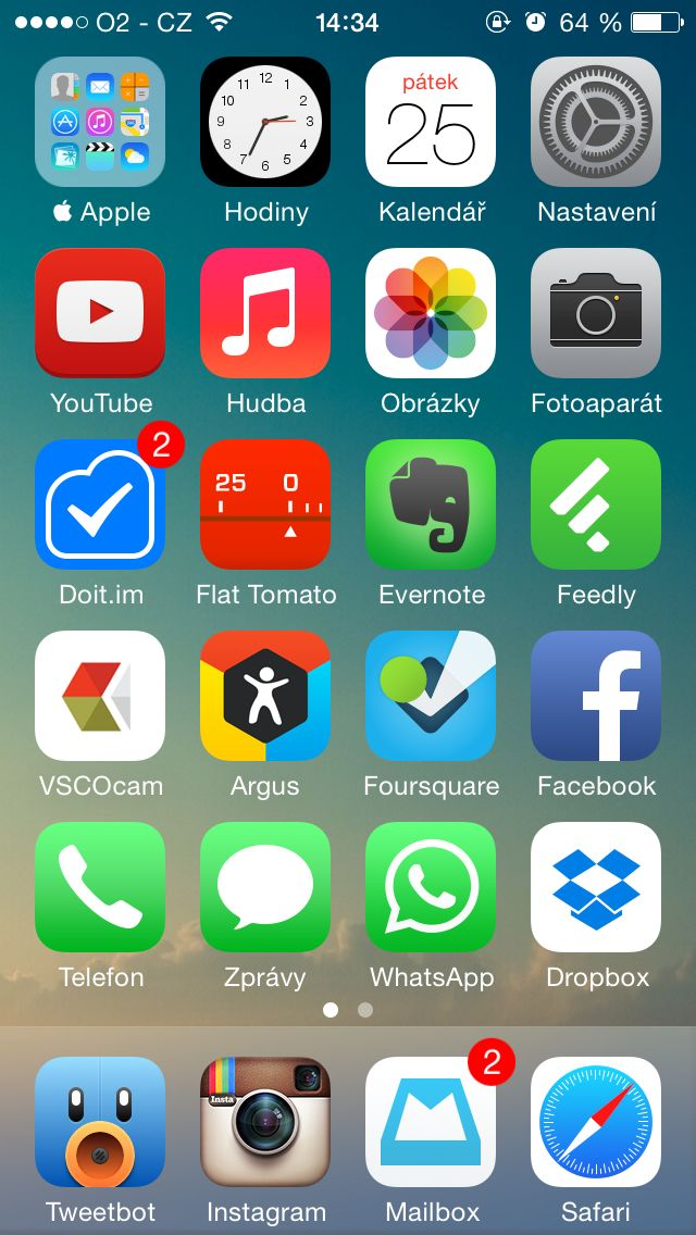 My actual homescreen on my personal iPhone 5S