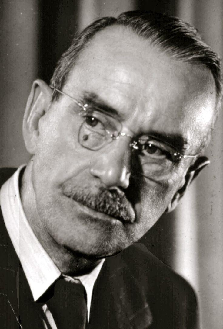 """Thomas Mann: """"A solidão mostra o original, a beleza ousada e surpreendente, a poesia. Mas a solidão também mostra o avesso, o desproporcionado, o absurdo e o ilícito."""""""