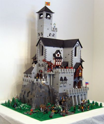 Kestrel Tower: A LEGO® creation by Brian Corredor : MOCpages.com