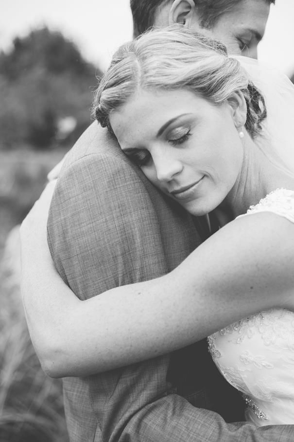 Check out Ricky & Leanne's gorgeous summer wedding on the blog now - www.looklovewed.co.nz/real-weddings! Enjoy x