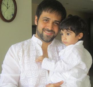 Actor Emraan Hashmi's cute son Ayaan Hashmi - The pretty kiddie always likes to play with his father. He loves his father more than his mother. This three years sweet boy is the most favourite of his father. #EmraanHashmison #Emraanhashmilatestnews #AyaanHashmi