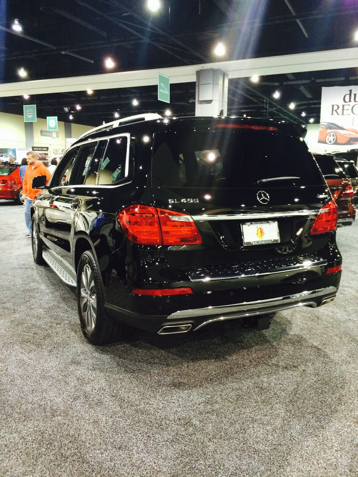 Rear view of the #Mercedes #GL450. Find more Mercedes at www.carsquare.com #cars #VAAuto #SUV