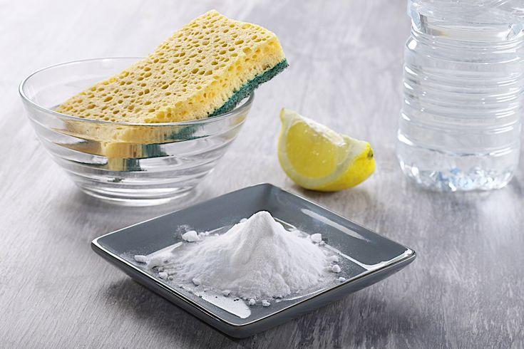 Liminez les taches sur les v tements avec des astuces de - Nettoyer canape tissu bicarbonate de soude ...