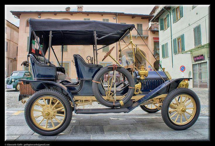 Buik car by Giancarlo Gallo