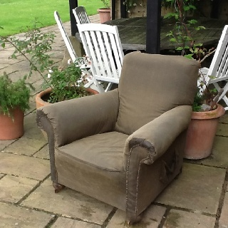 Barbours, Comfy Outdoor, Diy Chairs, Waxed Cotton, Soaked, Stuffing, The  Rain, Outdoor Furniture, Comfortable