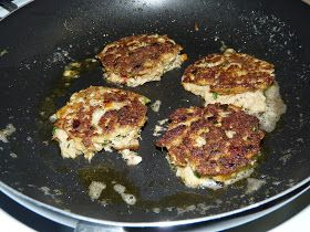 Moggy's Low Carb Kitchen: George Stella's Low Carb Key West Crab Cakes