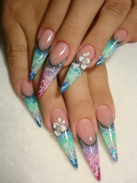 usually dont like these kind of nails but im in love with the look
