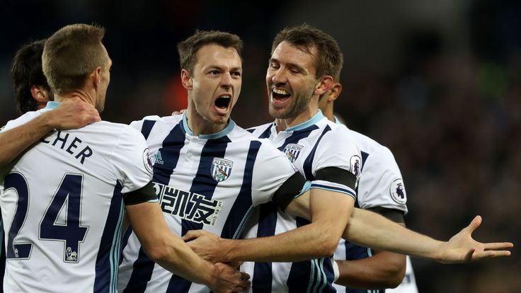 Jonny Evans' play not affected by transfer speculation - Tom Flanagan