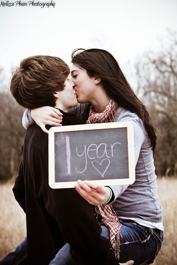 An idea for those one year anniversary couples!