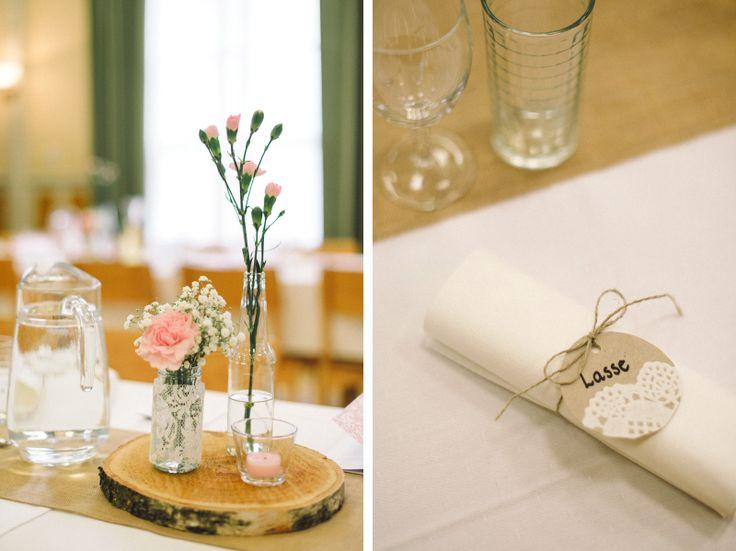 Rustic and romantic table decoration. Julia Lillqvist | Jimmie and Pia | bröllopsfotograf Jakobstad | http://julialillqvist.com