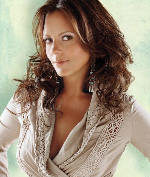 Sara Evans |  Music Hot Hits