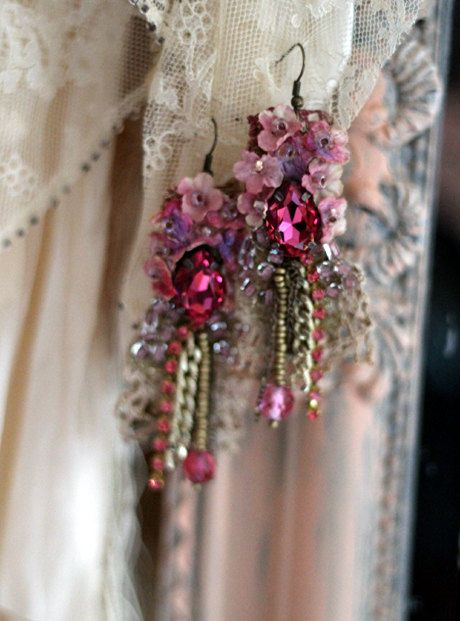 Belle epoque-- romantic lightweight bohemian earrings, hand beaded