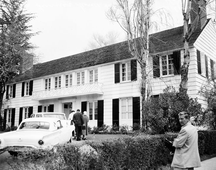 Lana Turner's house at the corner of Bedford and Lomitas in Beverly Hills after the killing of Johnny Stompanato by Turner's daughter, Cheryl Crane (April 4, 1958)