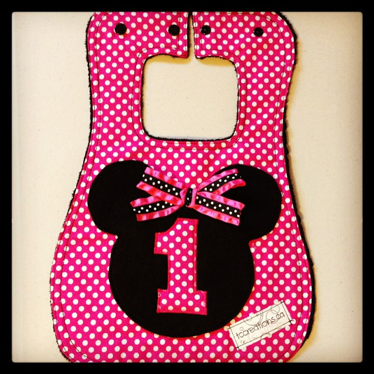 ADORABLE 1st Birthday Bib - Minnie Mouse Inspired!  tccreations.ca