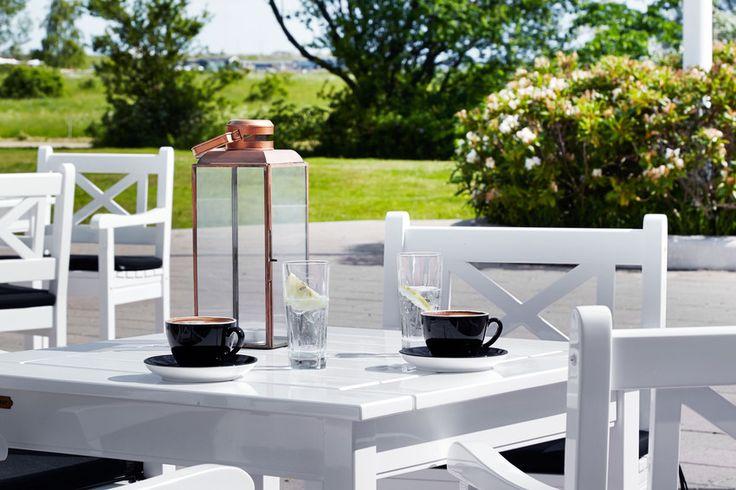 Hyggelig terrasse på Comwell Køge Strand