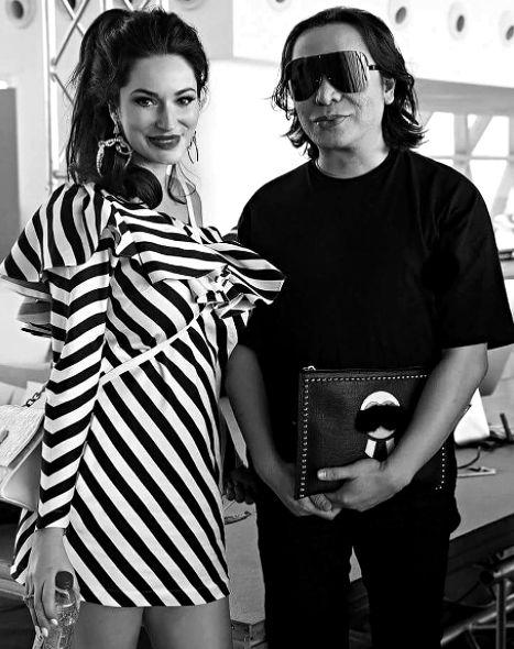 Sylwia Romaniuk and Michael Cinco   Arab Fashion Week Dubai  fashion show catwalk runway designer lace dress luxury inspiration model beauty art feminity femmefatale sylwiaromaniuk