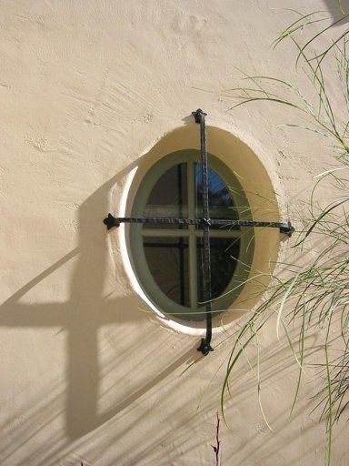 Small Round Windows: 17 Best Ideas About Spanish Style Bathrooms On Pinterest