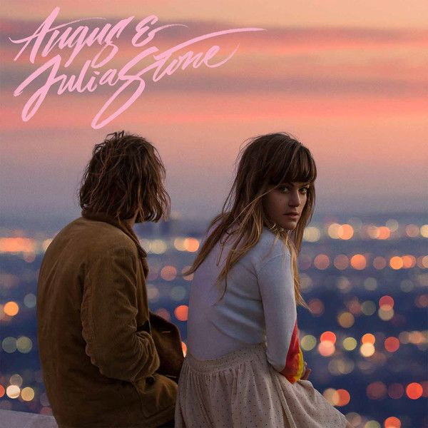 Angus and Julia Stone – Angus and Julia Stone 'Un poil plus rock, un peu plus suave, le duo australien composé d'Angus et Julia Stone gagne en maturité pour des retrouvailles réussies sur leur troisième album éponyme. Le tout produit par le producteur star Rick Rubin.'