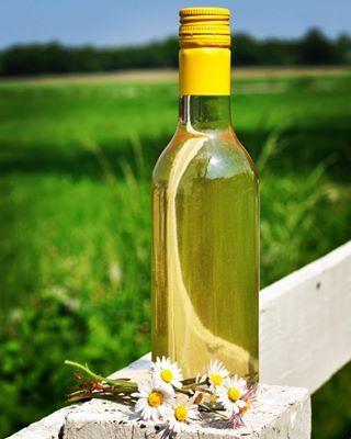 #homiesfinest #daisyvodka #bellisvodka #tusindfryd #bellis #drinkspecials #drink #drinkoftheday #drinkvodka #preserves #preserving #preservedflowers #foodie #instafoodie #newpost