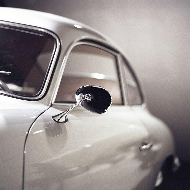 Such a classic design. Porsche/VW knows how to design automobiles...: Sports Cars, Beautiful Porsche, Cars Collection, Classic Design, Porsche Cars, Posts, 356 Porsche, Design Automobile, Porsche 356