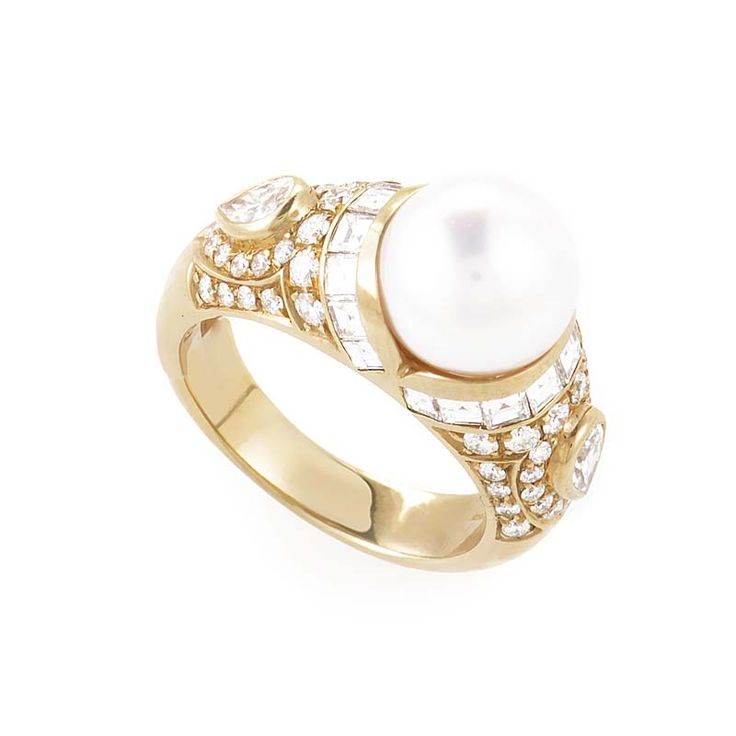 what is more beautiful than the combination of precious diamonds and pearls this yellow gold ring from bvlgari blends the beauty of the two preci
