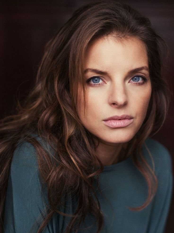 Yvonne Catterfeld || Girl Look #look #girl #sf #woman #womanly #ladies #fashion #model #makeup #style #celebrity #actress #dressup #street #hairstyle #colored #business #office #beauty #chic #photography