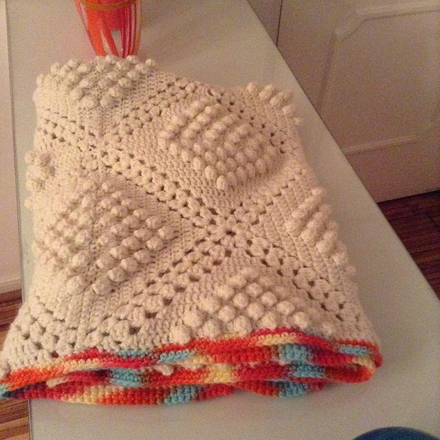 Ravelry: Lupina1's Popcorn Bedspread #6035 - Free Pattern