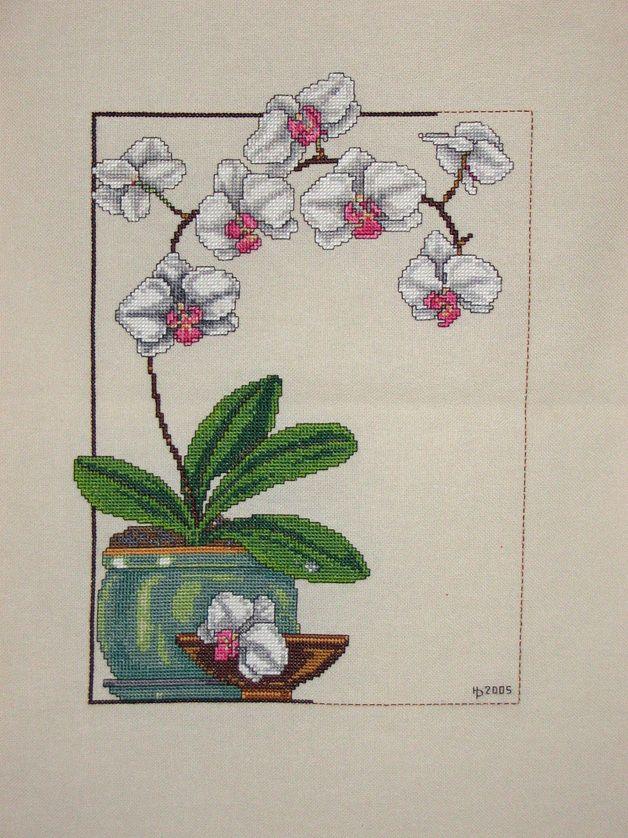 Wandgestaltung - Orchidee weiß Kreuzstich Bild - ein Designerstück von Landhausgarten bei DaWanda