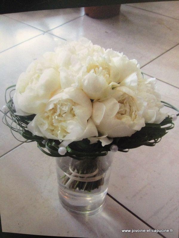 les 99 meilleures images du tableau blanche pivoine sur pinterest fleurs blanches belles. Black Bedroom Furniture Sets. Home Design Ideas