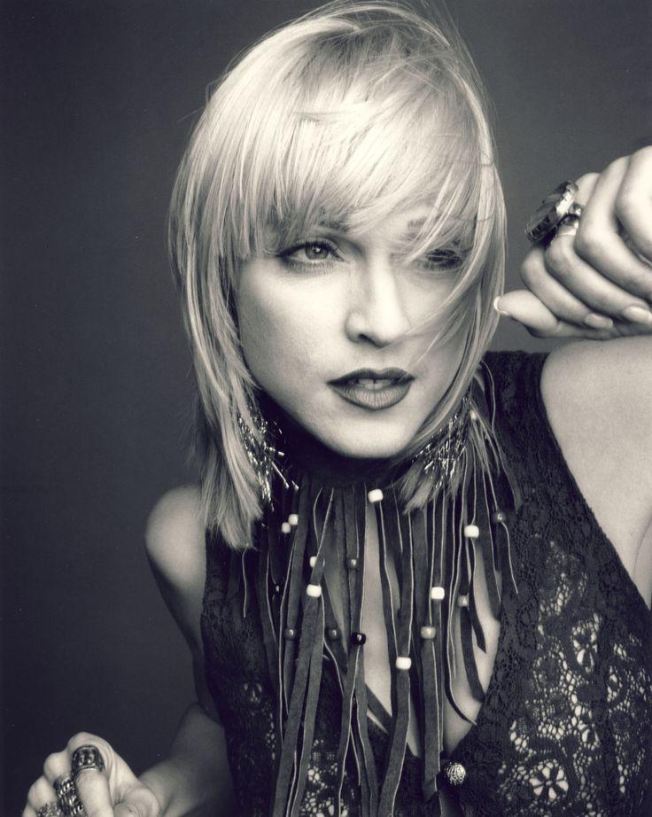 Madonna Photo Gallery | Alerter les modérateurs Voir l'image au format original