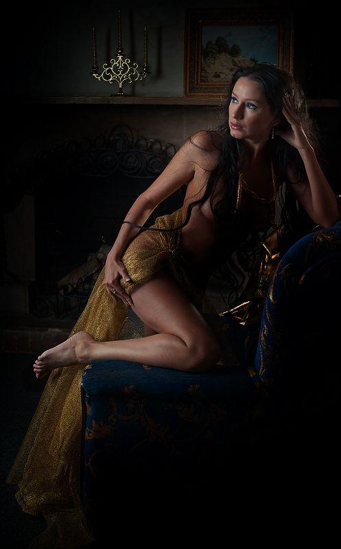 Свет и Тень.... Фотограф Ольга Новикова Автор: Черная Орхидея