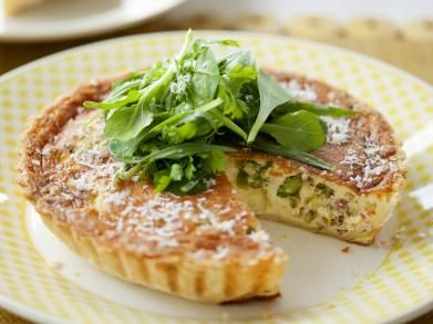 Pecorinotaart met groene groenten recipe quiches cake for Decoration quiche