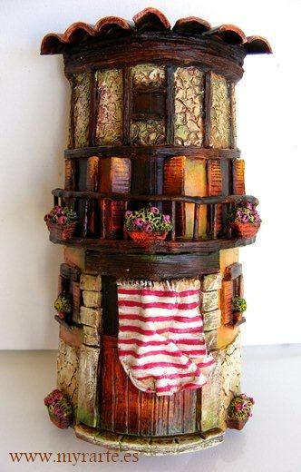 51 best images about cakes shaped like houses and - Como decorar tejas rusticas ...