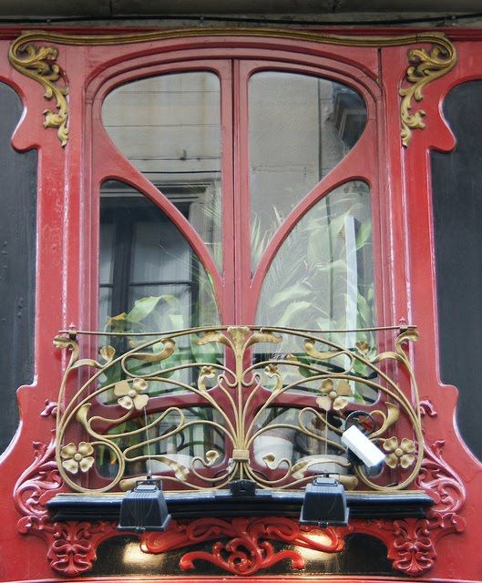 Art Nouveau window design