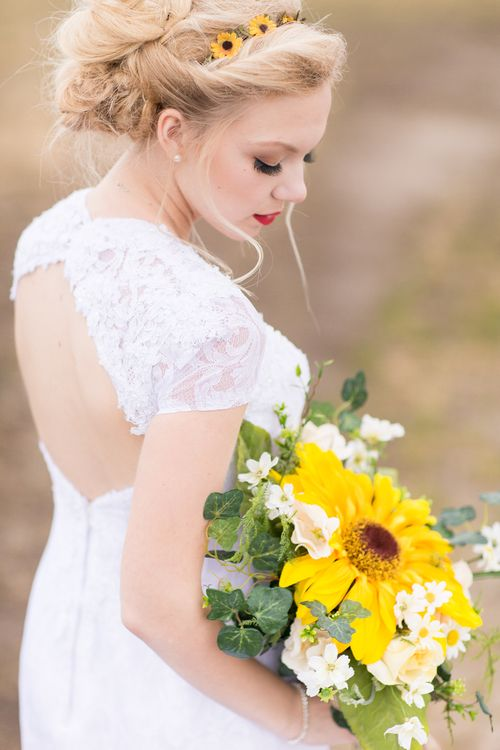 Beautiful country, bride with sunflowers in her hair and boutique by Fresno Wedding Photographer TréCreative  http://trecreative.com/