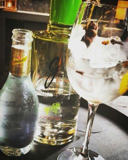 French&Fabulous G'vine & Schweppes Tonic Ginger&Cardamom
