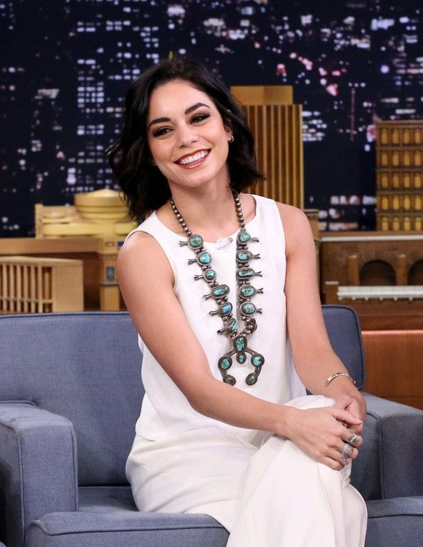 Vanessa Hudgens on the Tonight Show with Jimmy Fallon sporting a gorgeous turquoise squash blossom necklace