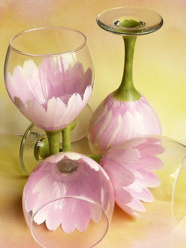 Hand Painted pink daisy Wine Goblets