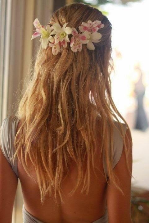 Bellos Peinados de Novias | Moda Pelo Liso | Vestidos de novia 2015 - 2016 | Somos Novias