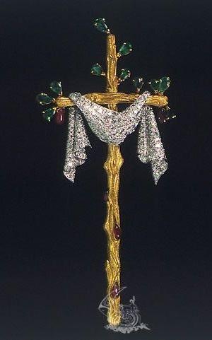 Twig Cross, Salvador Dali, 1959, 18 karat yellow gold, platinum, diamonds, natural rubies, emeralds. #Dali #Surrealist #cross