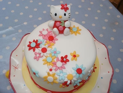 Cake Images Himanshu : hello kitty cake cakes Tell me these are bad Pinterest ...