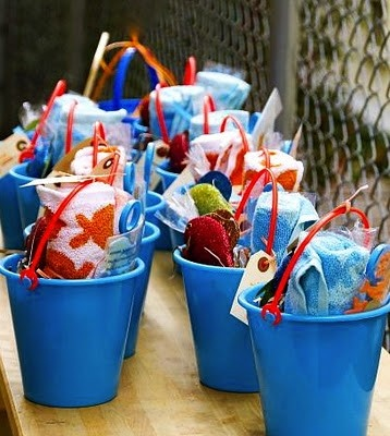 Fish birthday party party decorations beach theme for Fish party supplies