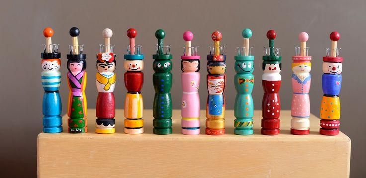 Bonecas Tricoteiras * Spool knitter * Escola Waldorf * Knitting dolls
