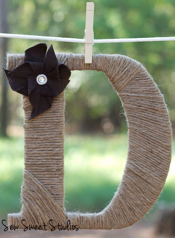 A fun craft.  Use burlap strips or brown packaging twine for more texture.
