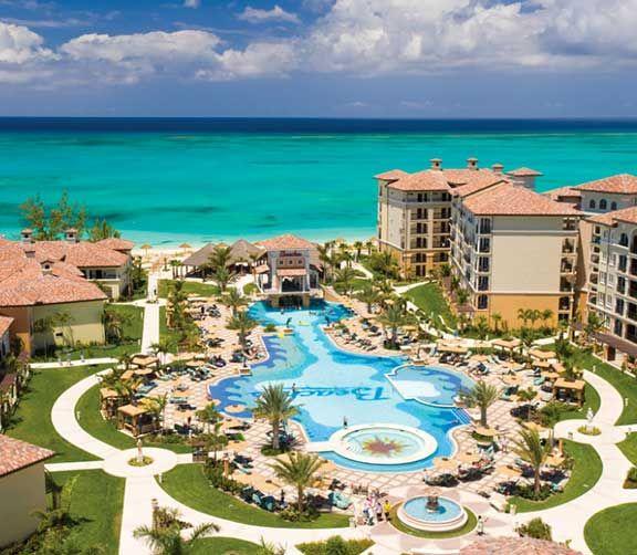 Beaches dans Iles turques et Caïques Parcs aquatiques, cours de cirque et plus encore. Jeunes et adultes trouveront tout ce qu'ils désirent dans ces hôtels familiaux des Caraïbes.