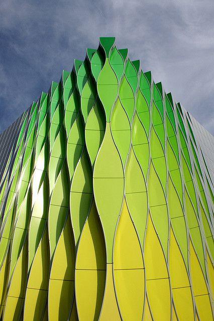 Research lab of The University Medical Center (UMCG), Groningen, Netherlands, by Ben van Berkel, UN Studio.