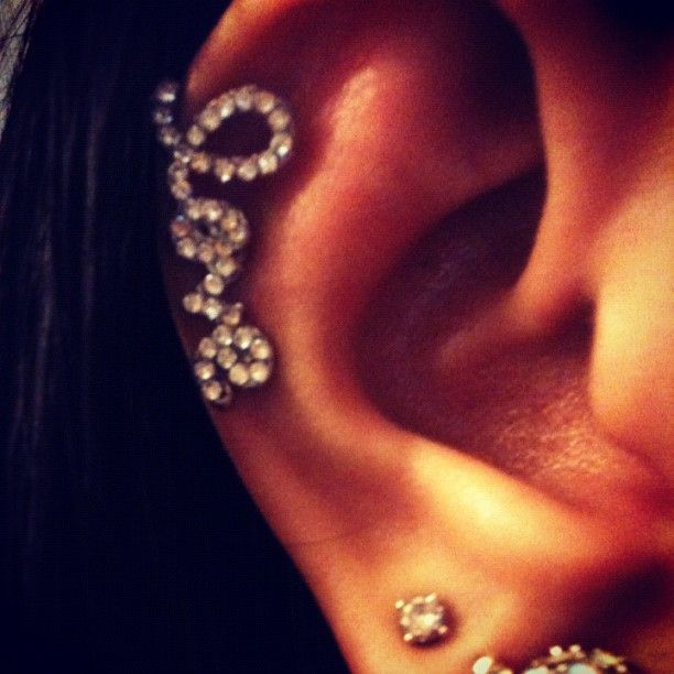 love cartilage earring, so cute